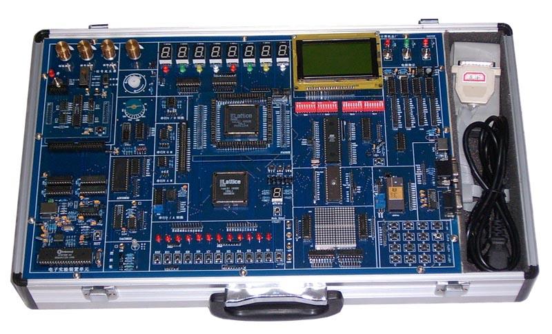 数字部分:1、A/D模数转换器实验;2、D/A数模转换器实验;3、数码管动、静态实验;4、步进电机控制实验;5、存储器读写实验;6、点阵显示实验;7、液晶显示实验;8、单片机总线接口实验;9、键盘扩展实验;10,RS232串行通讯实验;11,VGA彩条信号发生器实验;12,电子音乐实验;13,PS/2(键盘/鼠标接口)实验;14串行A/D转换实验;15,串行D/A转换实验;16,串行RAM实验;17串行ROM实验;18, 模拟部分:1,增益的设定与调整;2,增益的放大与衰减;3,单端信号的连接;4,二阶滤